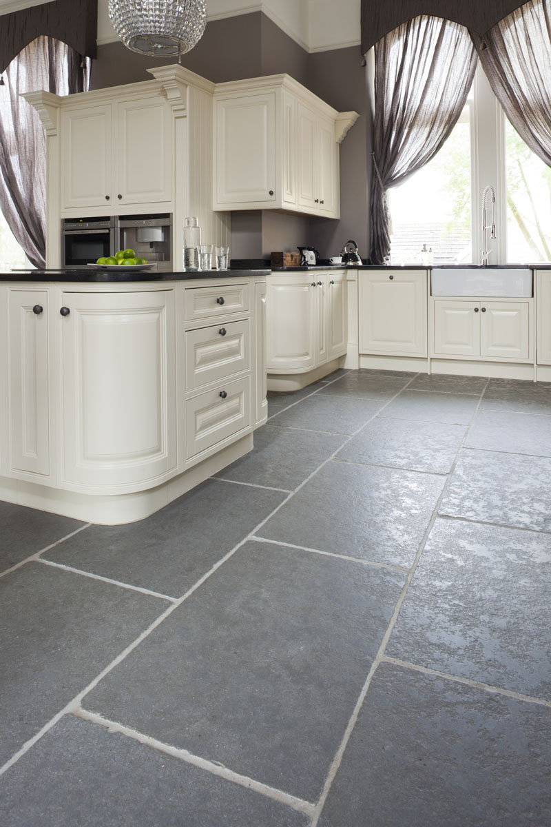 limestone floor tiles kitchen taj grey brushed limestone 750 mm x 560 mm x 20 mm 7113